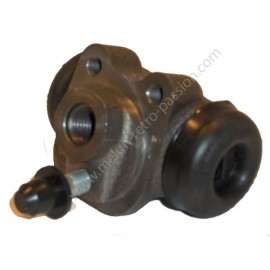 FRONT WHEEL CYLINDER RIGHT OR LEFT