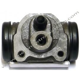 cylindre de roue avant gauche ou droit